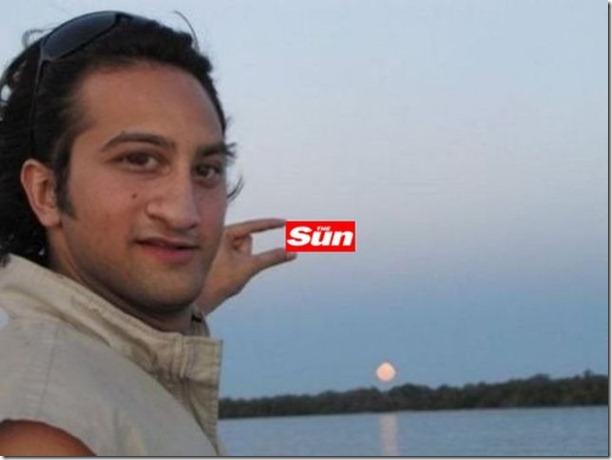 photoshop-sun-between-fingers-7