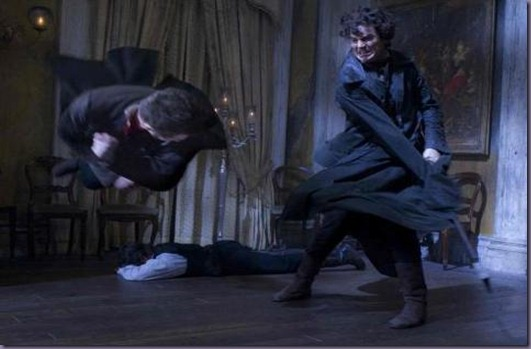 Abraham_Lincoln_Kicking_Some_Undead_Ass_New_Vampire_Hunter_Image_1325884454