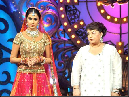 Malaika, Genelia on the sets of Saroj Khan Show3