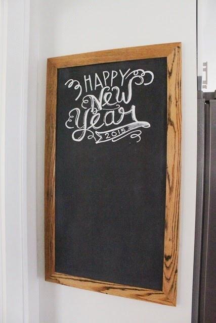DIY-Magetic-Chalkboard-Happy-New-Year