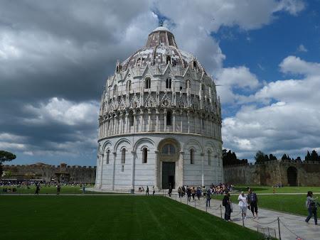Obiective turistice Pisa: Baptiserium
