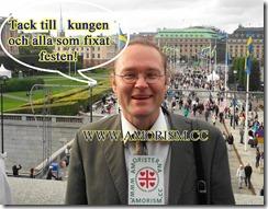 20130915_155802 (1)  Kung Carl XVI Gustaf 40 årsjubileum. Lejonbacken Fredrik tackar. Med amorism