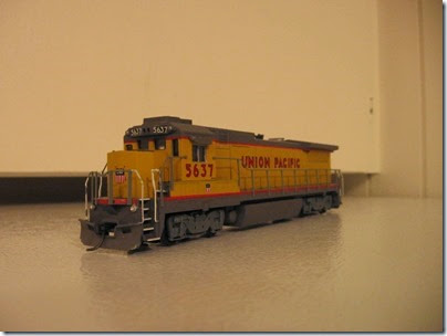 IMG_1126 Union Pacific 5637 B40-8 by Walthers Trainline
