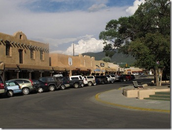 460 Taos NM (640x480)