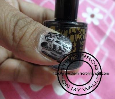 Oriflame Very Me Nail Graffiti Black