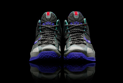 nike lebron 11 gr terracotta warrior 1 04 King James Unveils LEBRON XI Terracotta Warrior Limited Edition