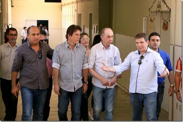 Visita Hospital Regional  Dr.Nelson Inácio dos Santos_Demis Roussos (1)