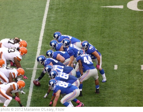 'New York Giants in the victory formation' photo (c) 2012, Marianne O'Leary - license: http://creativecommons.org/licenses/by/2.0/