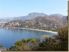 20140224_ Zihuatanejo bay beach (Small)