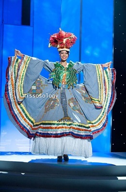 miss-uni-2011-costumes-48