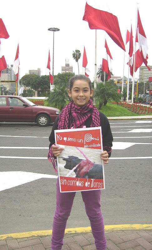 Es una manera de expresarte, de decir que deseas que las corridas de Toros sean abolidas en el Perú. Apoya a FUERZA TOROS!