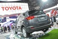 2013-Toyota-RAV4-a32