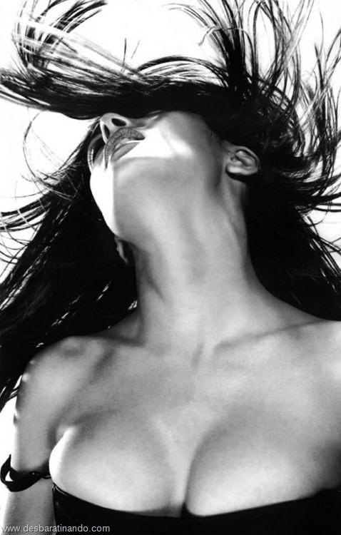 salma hayek linda sensual sexy sedutora gostosa peituda boob tits desbaratinando  (38)