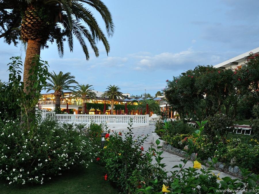 Rocca Nettuno Tropea Garden