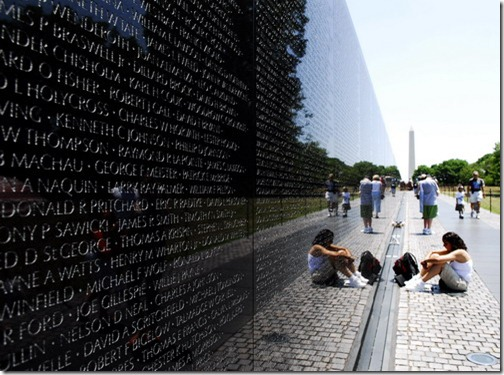Washington DC Vietnam Veterans Memorial 1