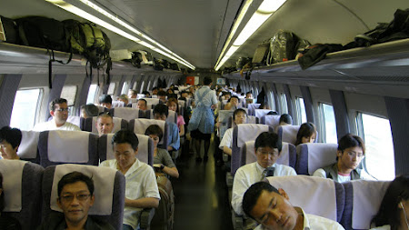 Tren Shinkansen Japonia