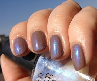 CND Effects Ice Blue Shimmer over Layla Gel Effects Beige Revolution (5)