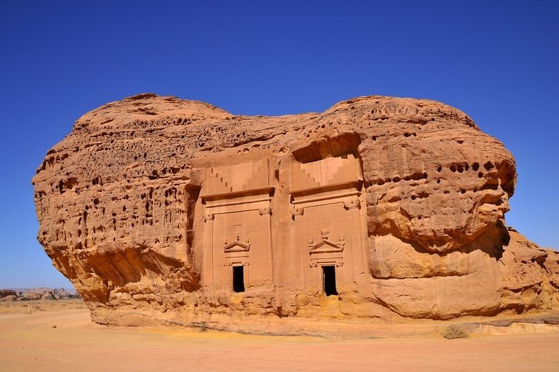 madain-saleh-3
