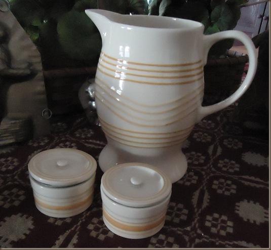 White and yellow ware