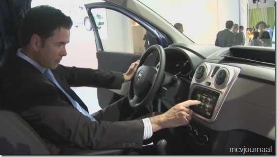 Dacia Dokker Auto Expo Casablanca 2012 01