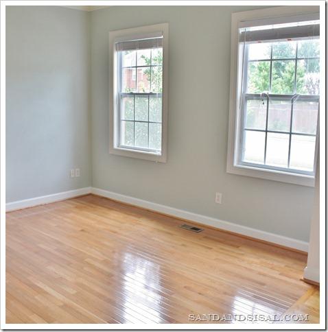 Installing Hardwood Flooring (800x800)