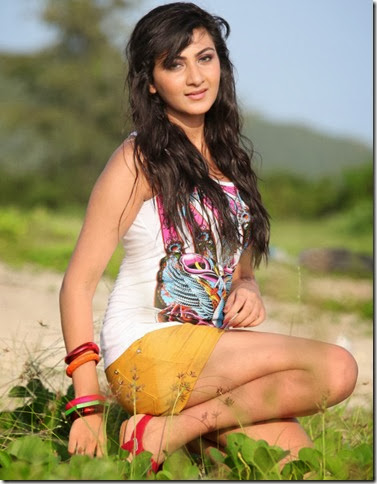 neelam_upadhyay_latest_photoshoot_image