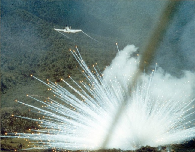 CC Photo Google Image Search Source is upload wikimedia org  Subject is 772px A 1E drops white phosphorus bomb 1966