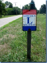 4132 Indiana - btwn Kimmell & Ligonier, IN - Lincoln Highway (Old 33) - beside Lincoln Highway (US-33) - brick section of Lincoln Highway & metal Lincoln highway sign