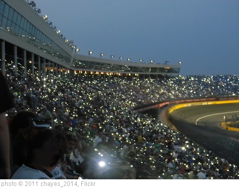 'Charlotte Motor Speedway's visitors performs a world record (6)' photo (c) 2011, chayes_2014 - license: http://creativecommons.org/licenses/by-sa/2.0/