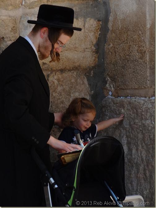 2013-07-24 Grandpa Akiva Reuven Haviva in Jerusalem Old City 093