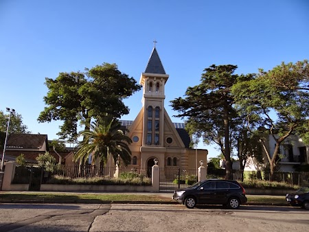 24. Biserica din Carrasco.JPG