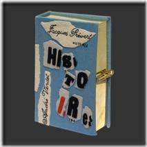 hisoitres-book-clutch
