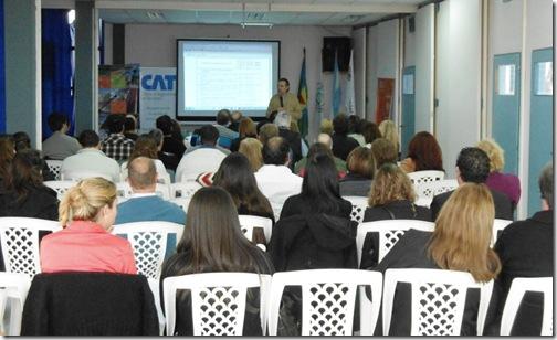 el seminario que comenzó temprano en la mañana y se extendió hacia las 17.30