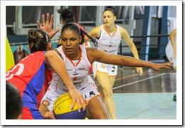 Sheila Nunes, lateral e pivo do basquetebol do XV