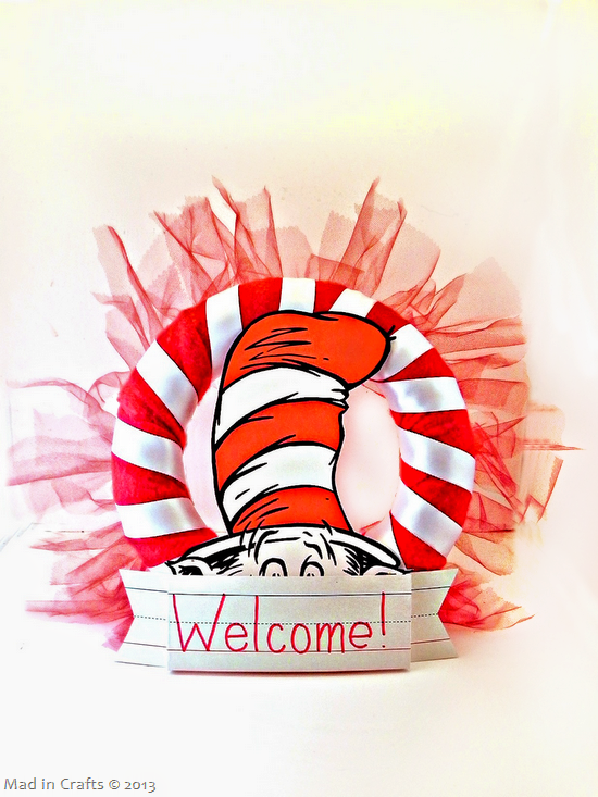 Dr Seuss Party Wreath