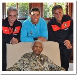 oclarinet.blogspot.com - Delegação portuguesa com Nelson Mandela 2010.Dez.2013