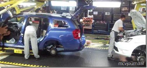 Dacia fabriek 2013 07