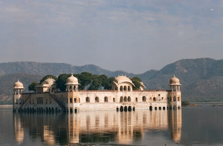 09. Jal Mahal - Jaipur.jpg