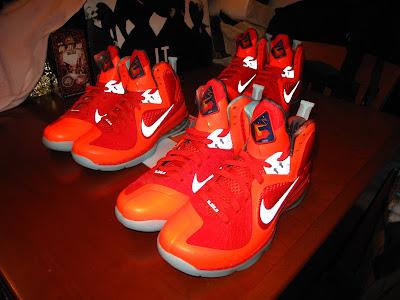 nike lebron 9 gr galaxy allstar 5 03 Your Nike LeBron 9 Galaxy Will Glow in the Dark!