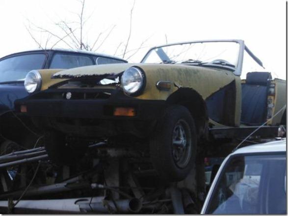 japan-graveyard-old-cars-34