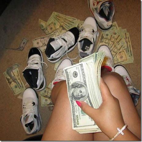 strippers-money-021