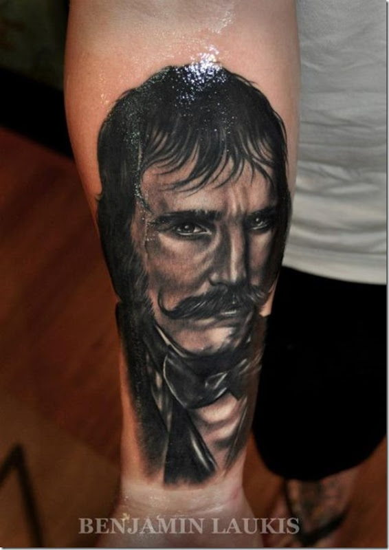 Tatuagem por Benjamin Laukis (25)