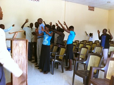 igreja universal sudão 2 - Priscila e Maxwell Palheta