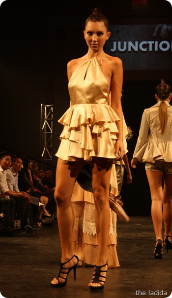 Pimnarra Sangngern - Raffles Graduate Fashion Show 2012 - Junction (9)
