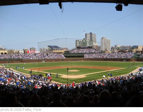 'Wrigley Field' photo (c) 2008, Pattie - license: https://creativecommons.org/licenses/by-sa/2.0/