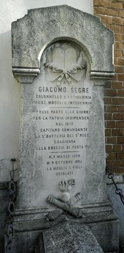 Tomba del capitano (colonnello Giacomo Segre), Cimitero di Chieri