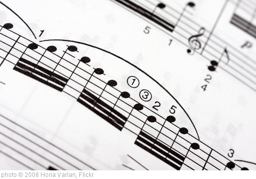 'Fast musical notes on a music sheet' photo (c) 2008, Horia Varlan - license: http://creativecommons.org/licenses/by/2.0/