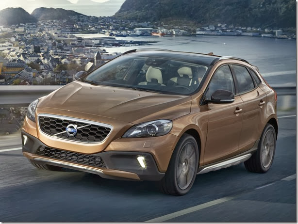 autowp.ru_volvo_v40_cross_country_3[3]