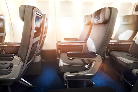 03. Scaune Premium Economy - Lufthansa.jpg