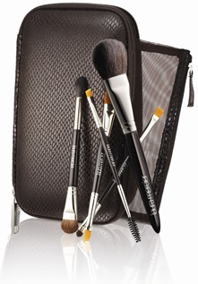 Laura_Mercier_Christmas_2012_TRAVEL_BRUSH
